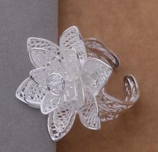 Стильное кольцо серебренное