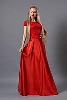 Однотонное красное платье шикарного кроя