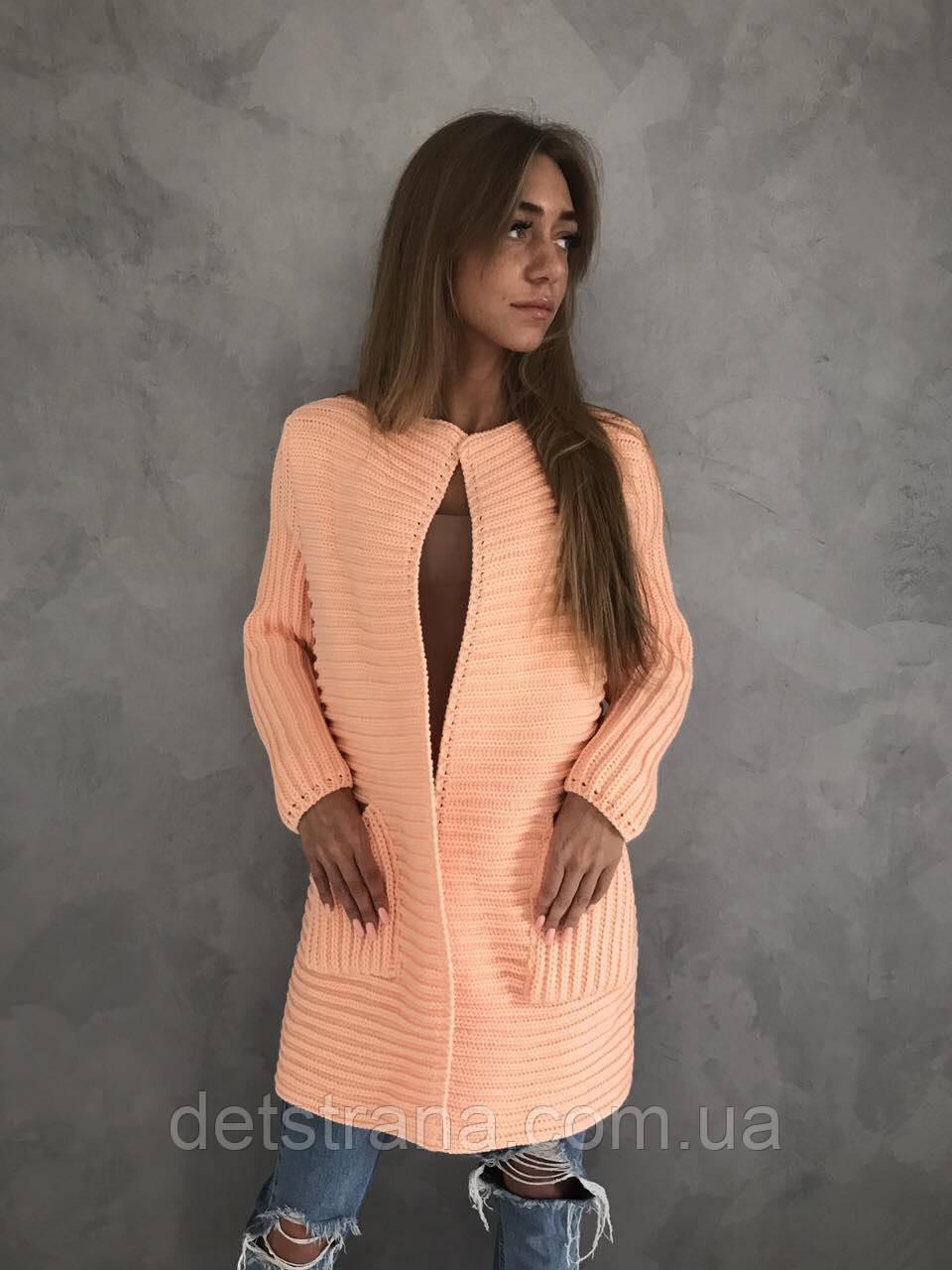 Женские вязаные пальто