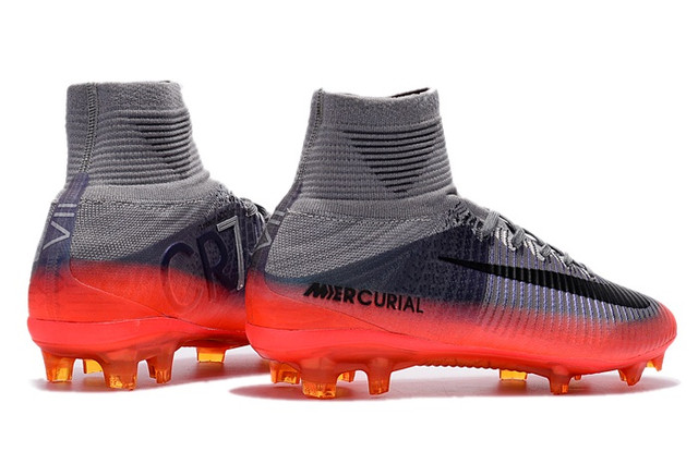 Футбольные бутсы Nike Mercurial Superfly V CR FG