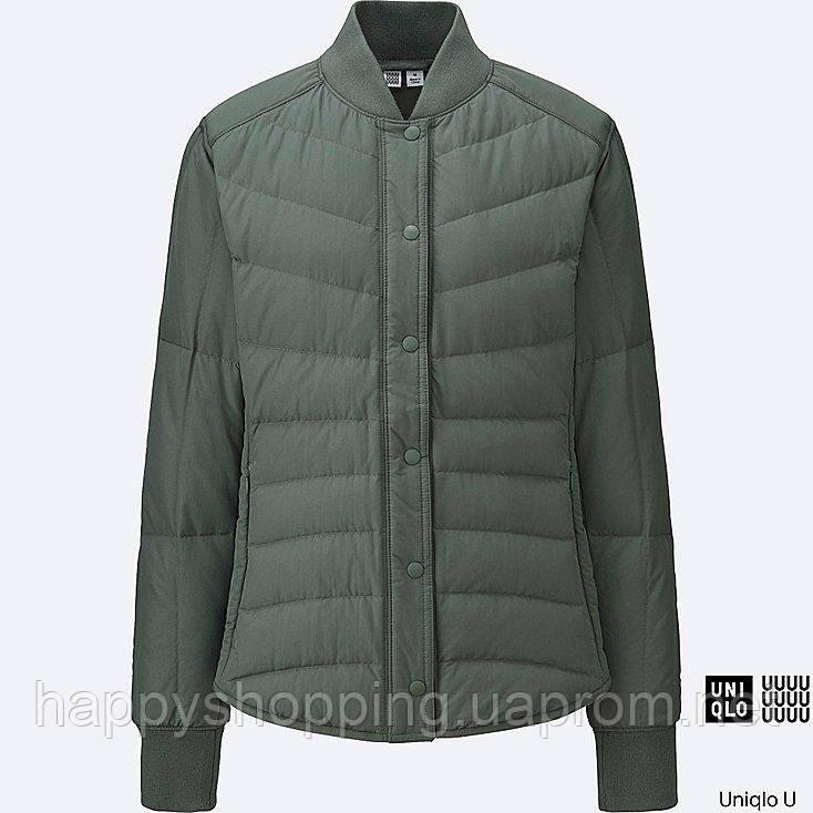 Женская оливковая легкая куртка бомбер на пуху японского бренда  Uniqlo (пакуется в мешочек)