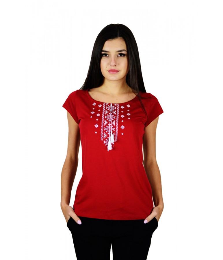 Вышитая женская футболка с орнаментом. Стильная женская футболка. Футболка в украинском стиле. Вышиванки.