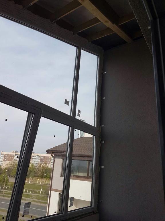 Оригинальный балкон на последнем этаже таунхауса 1