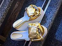 Шлепанцы женские кожаные Viva, на танкетке, золотистые