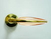 Дверные ручки Mandelli Duo латунь/розовое стекло -акрил