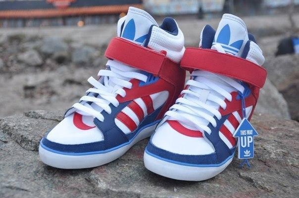 Женские кроссовки Adidas Amberlight up W, фото 2