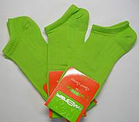 Низкие носки в сетку женские салатового цвета