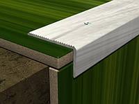 Угол лестничный алюминиевый