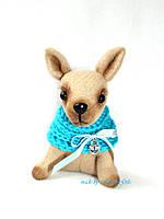 Игрушечная карманная собачка Чихуа-Хуа ручной работы в голубом шарфике