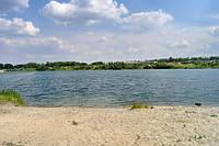 Продам дом 100 м2  у озера 8 соток участок