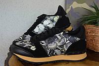 Кроссовки Valentino Garavani,  Валентино,  кожа, Италия, черного цвета, бабочки, Gucci, Chanel