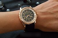 Наручные часы Chanel (золотой корпус)