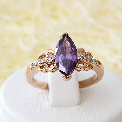 002-2503 - Кольцо с фиолетовым и прозрачными фианитами розовая позолота, 17, 18 р.