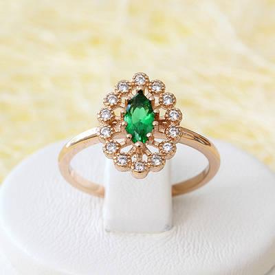 002-2517 - Кольцо с изумрудно-зелёным и прозрачными фианитами розовая позолота, 18, 18.5, 20 р.