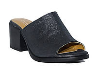 Женские кожаные шлепанцы на толстом невысоком каблуке (черные)