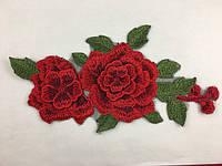 Розы вышитые