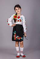 Вышитая блуза для девочки Мария с красными маками и ромашками