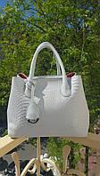 Сумка брендовая копия Christian Dior под рептилию белая