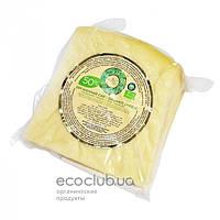 Сыр твердый Украинский органический 50% Organic Milk