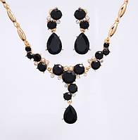 Комплект Кристалл Rhinestone черный /серьги и колье/бижутерия/цвет золото, черный