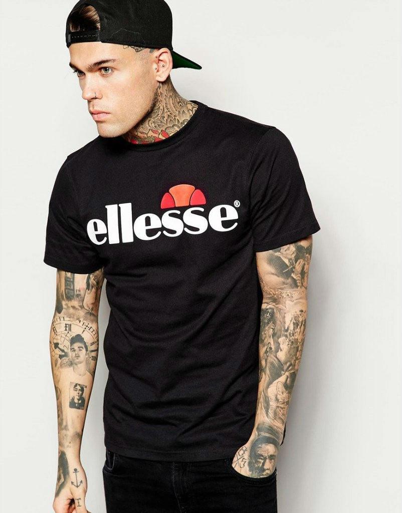 Стильная футболка с принтом черная ellesse