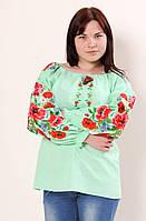Молодежная блуза вышита машинной вышивкой
