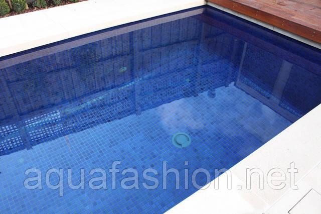 голубая мозаика для бассейнов