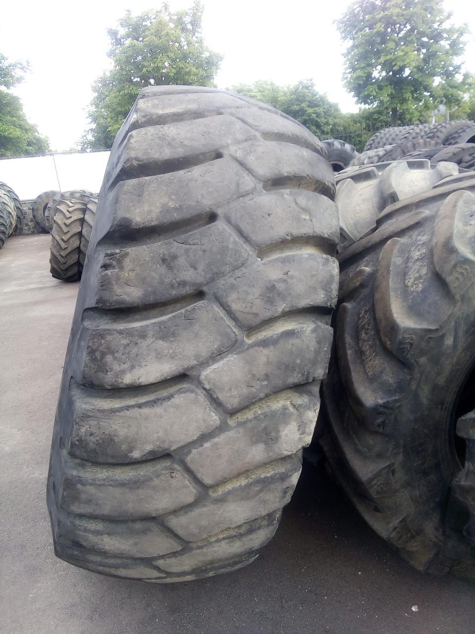 Шины б/у 29.5-29 Dunlop  для фронтальных погрузчиков