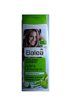 Шампунь для нормальных и склонных к жирности волос Balea Vitalizing Shampoo Apfel & Lemongras