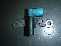 Датчик положения коленчатого вала (1,4 MPI 8) Renault Sandero 08-12 (Рено Сандеро), 8200643171