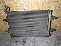 Радиатор кондиционера (1,4 MPI 16V) Skoda Fabia 1 01-07 (Шкода Фабия), 6Q0820411H