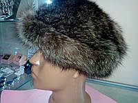 Меховая шапка из енота.