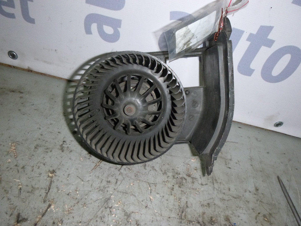 renault-symbol моторчик вентилятора