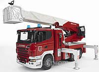 Bruder Большая пожарная машина SCANIA  R-series с лестницей  (водяная помпа, свет, звук), 1:16