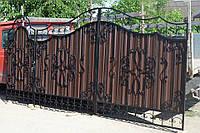 Ворота из профлистом с элементами ковки