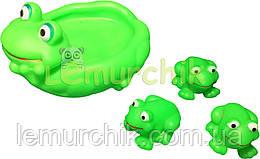 """Набір іграшок в ванночку 4 шт """"Жаба і жабенята"""""""