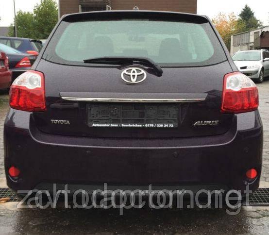 Задняя четверть Toyota Auris