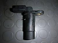 Датчик положения коленчатого вала (1,5 dci 8) Dacia Logan 05-08 (Дачя Логан), 8200373588