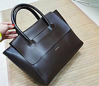 Модная женская сумка на ручках