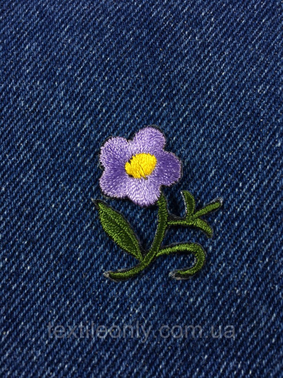 Нашивка цветочек фиолетовый