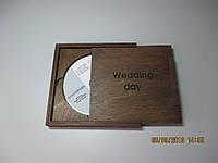 Коробка для диска из дерева.