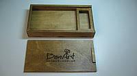 Деревянная, подарочная коробка для фотографий формата (10 на 15 см) и флешки.