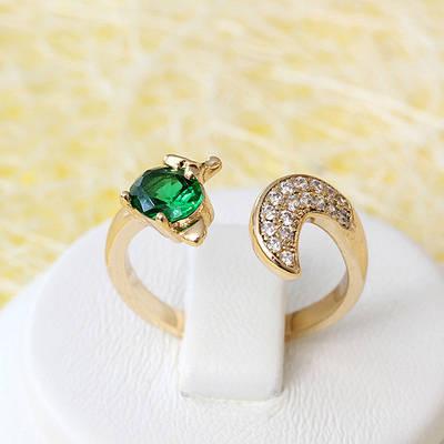 R1-2565 - Позолоченное кольцо с изумрудно-зелёным и прозрачными фианитами, регулируется 16-16.5, 17-17.5