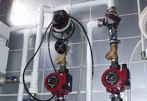 Фото установка насоса отопления