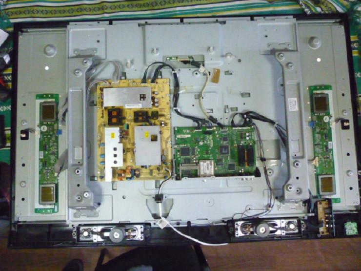 Плати від LCD ТЕЛЕВІЗОР Philips 47PFL5522D/12 (LC7.2E LA) по блоках (матриця розбита).