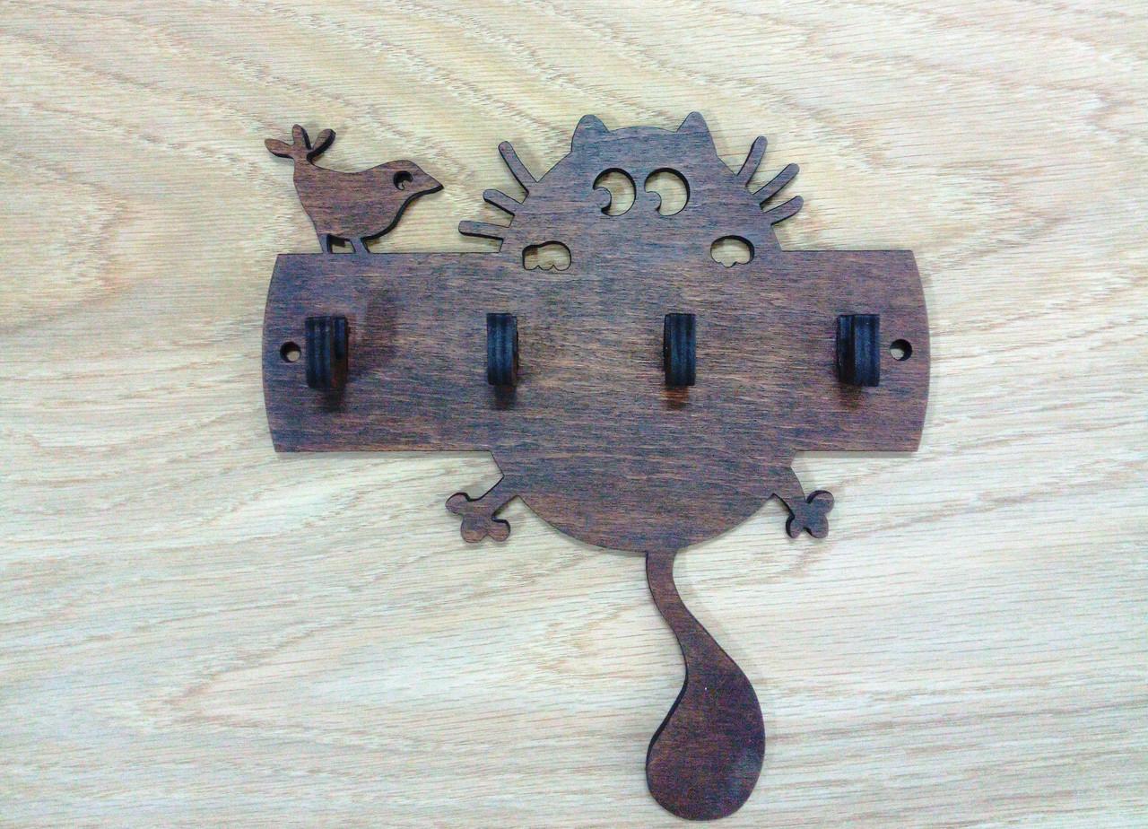 Ключница деревянная Кот и птичка