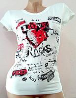 Яркие футболки женские из вискозы 42-44