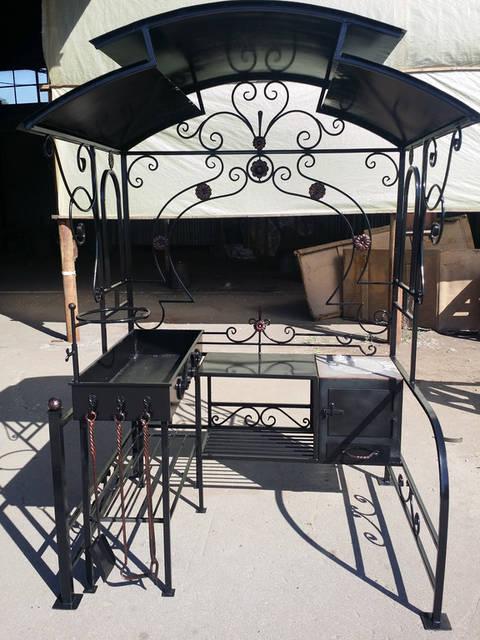 Кованый  мангал-печь с крышей  -1