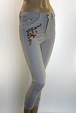 джинсы летние с вышивкой Queen, фото 2
