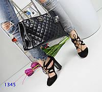 Женские красивые черные босоножки,декорированные шнуровкой
